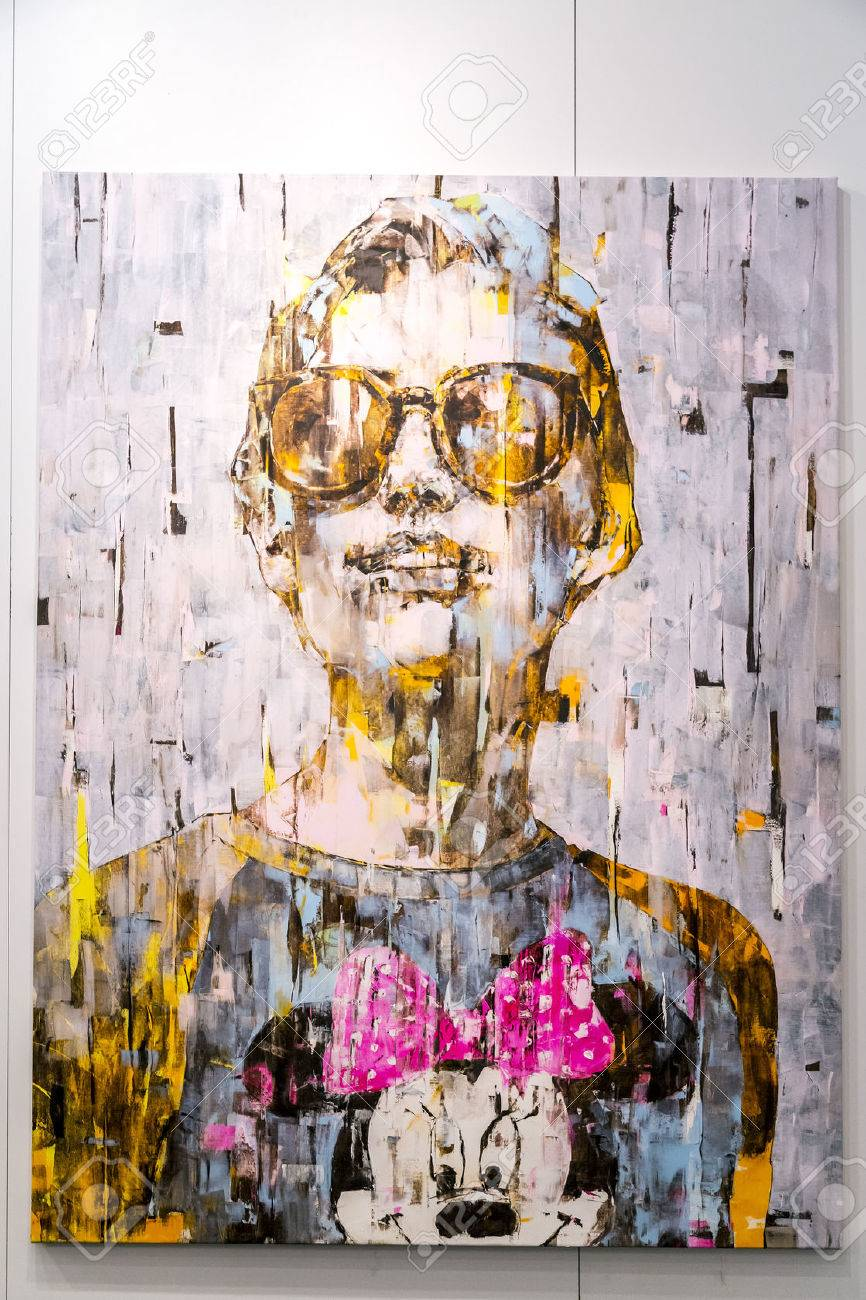 Istanbul, Turkey - November 13, 2015: Piece of art at the 10th edition of the annual Contemporary Istanbul artshow held in Lutfi Kirdar Convention Center, Istanbul on November 13. - 62565694