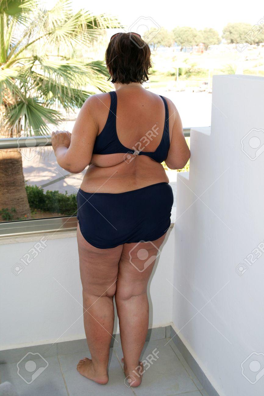 Fat brunette bikini, fuck daughter free porn