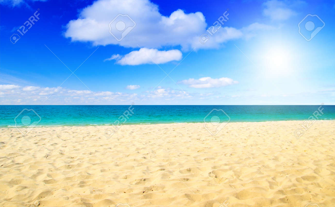 sand and ocean Stock Photo - 4703844