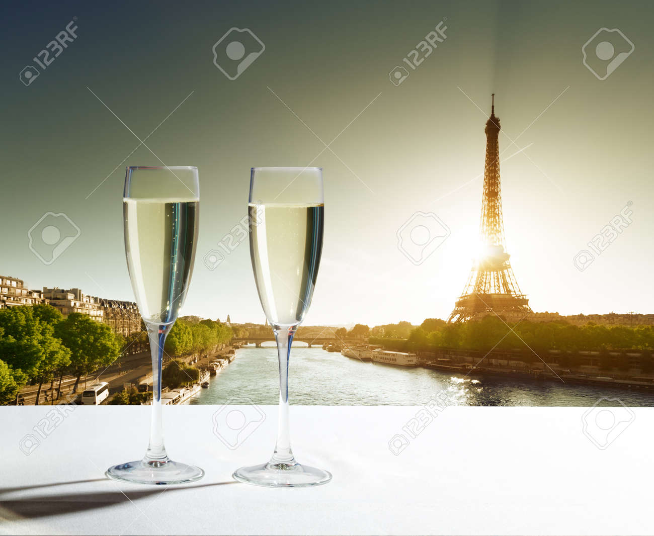 champaign Glasses and  Eiffel tower in Paris Stock Photo - 23800377