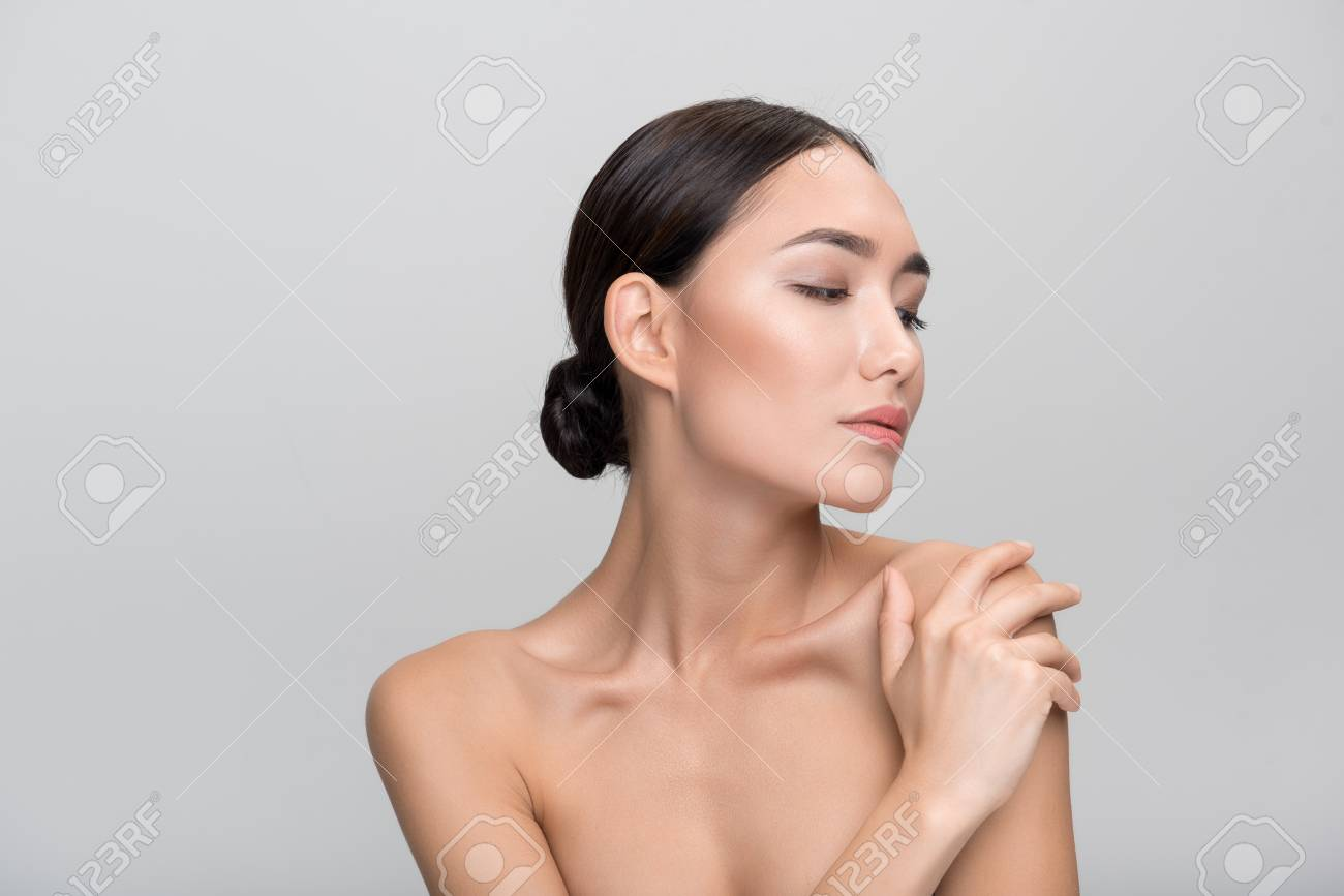 Eiza gonzalez oiled tits