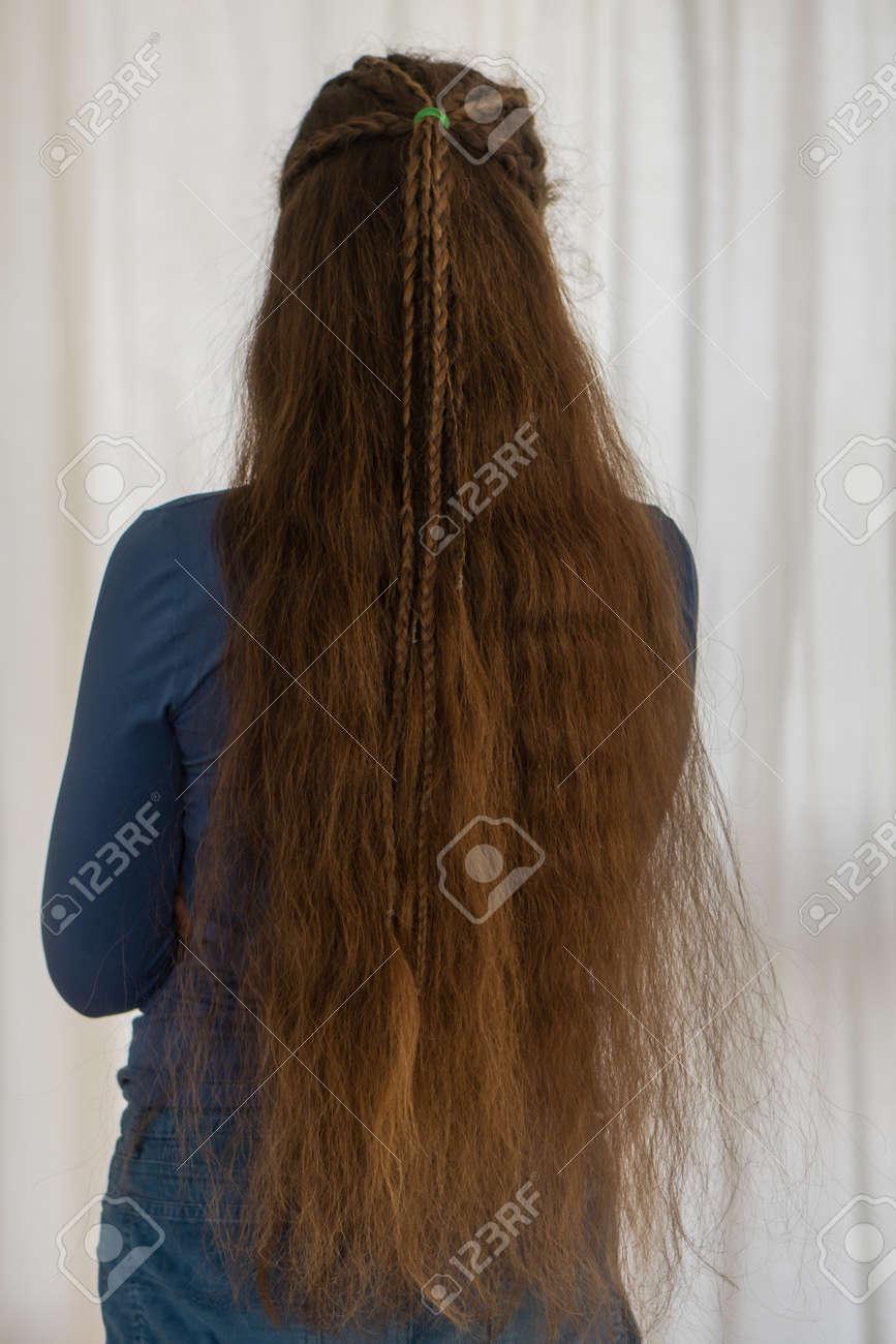 Lose Renaissance Frisur Für Lange Haare Traditioneller Zopfstil