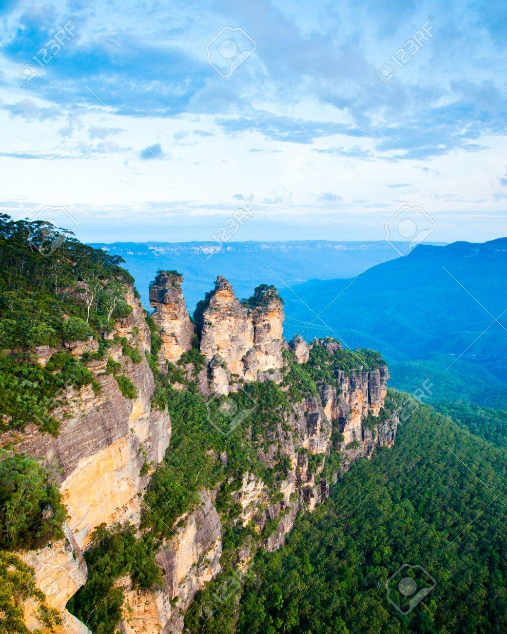 The Three Sisters From Echo Point, Blue Mountains National Park, NSW, Australia Stock Photo - 13211715