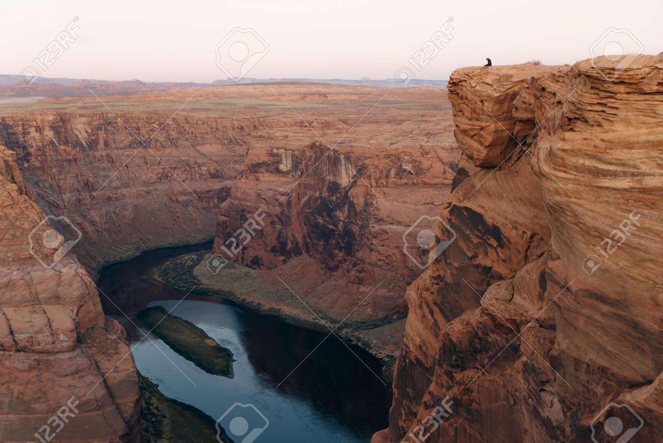 Horseshoe Bend in Glen Canyon National Recreation Area in early dawn - 169711979