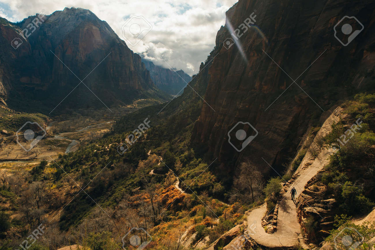 Zion National Park is an American national park located in southwestern Utah near the town of Springdale. - 169727818