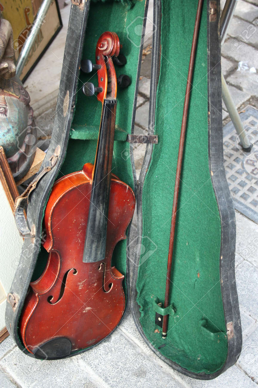 Old Violin On Sale Stock Photo Picture And Royalty Free Image