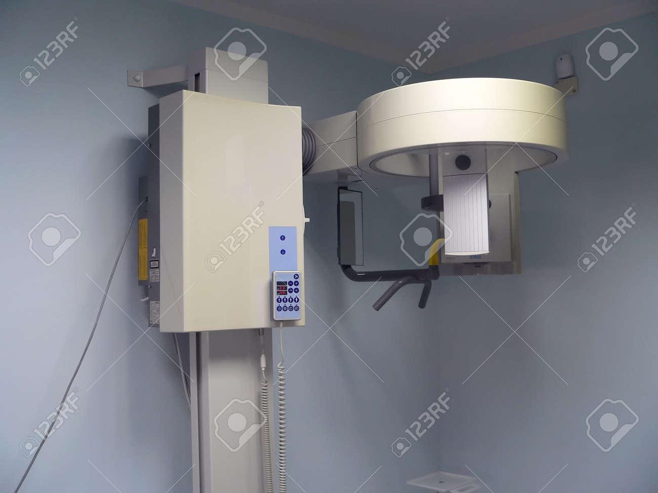X-rays device in dental office Stock Photo - 497665