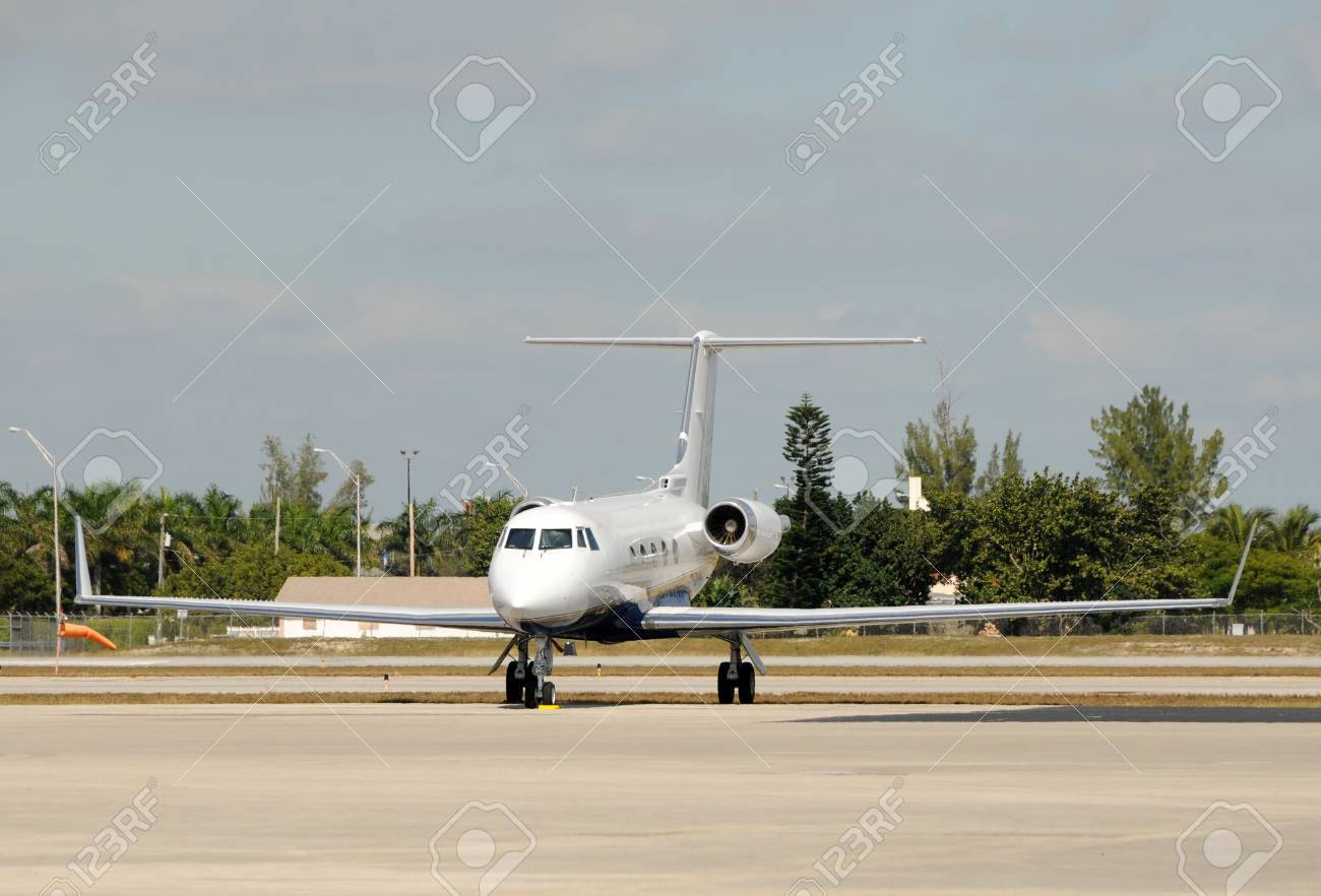 Luxury charter jet parked on a tarmac Stock Photo - 4075537