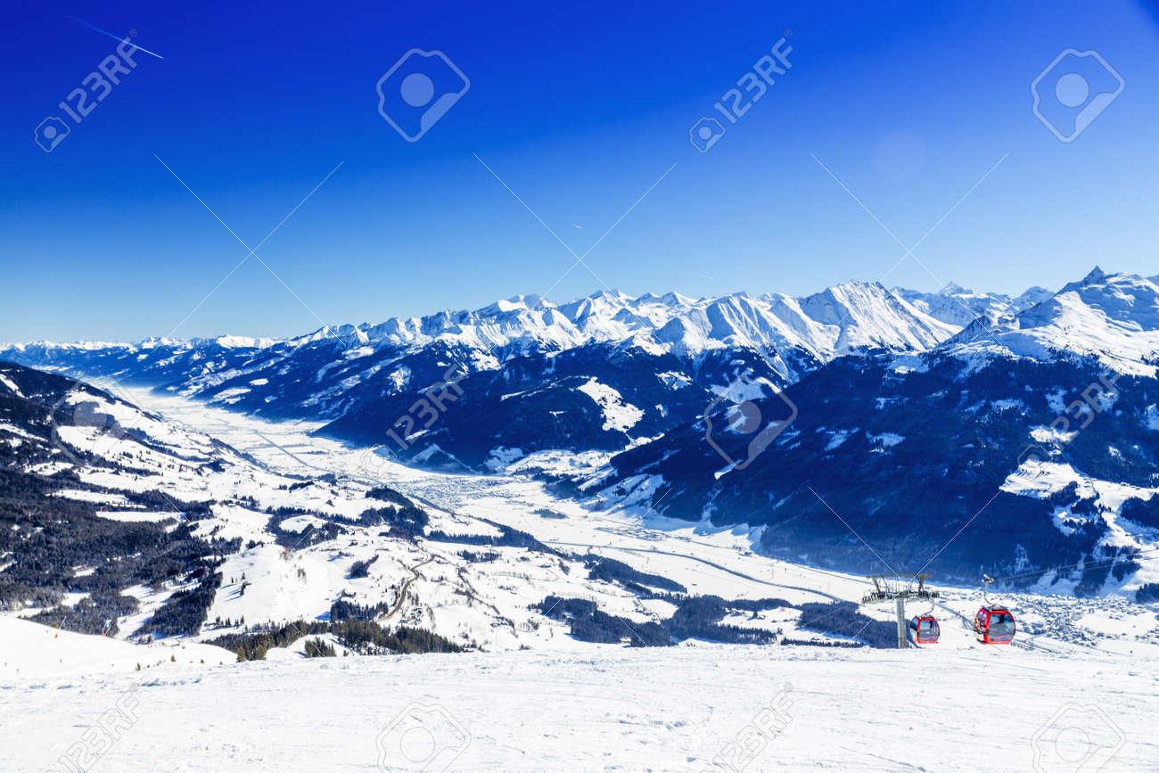 オーストリアの冬、キッツビューエル、Hollersbach、Resterhoehe の ...