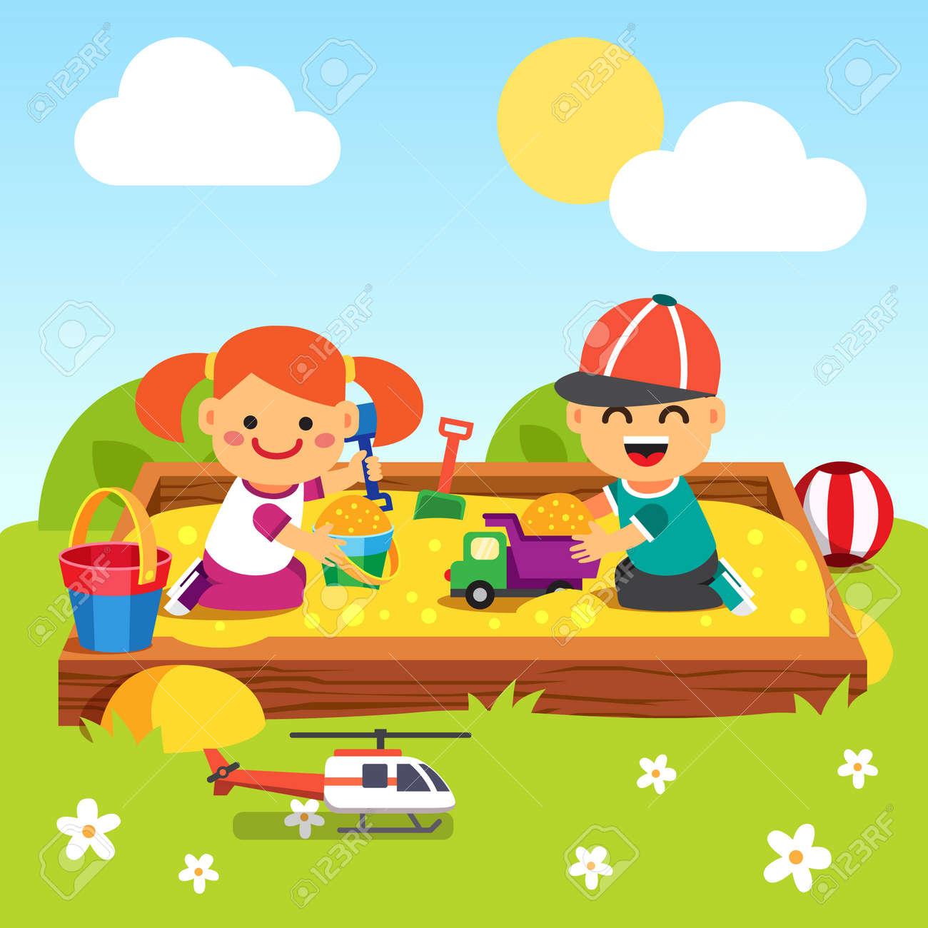 Célèbre Enfants, Garçon Et Fille Jouant Dans Bac à Sable De La Maternelle  IZ07