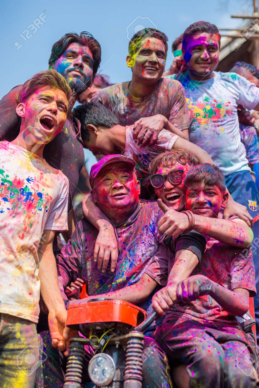 Holi 2013— festival of spring and bright colors 24Warez.Ru 77