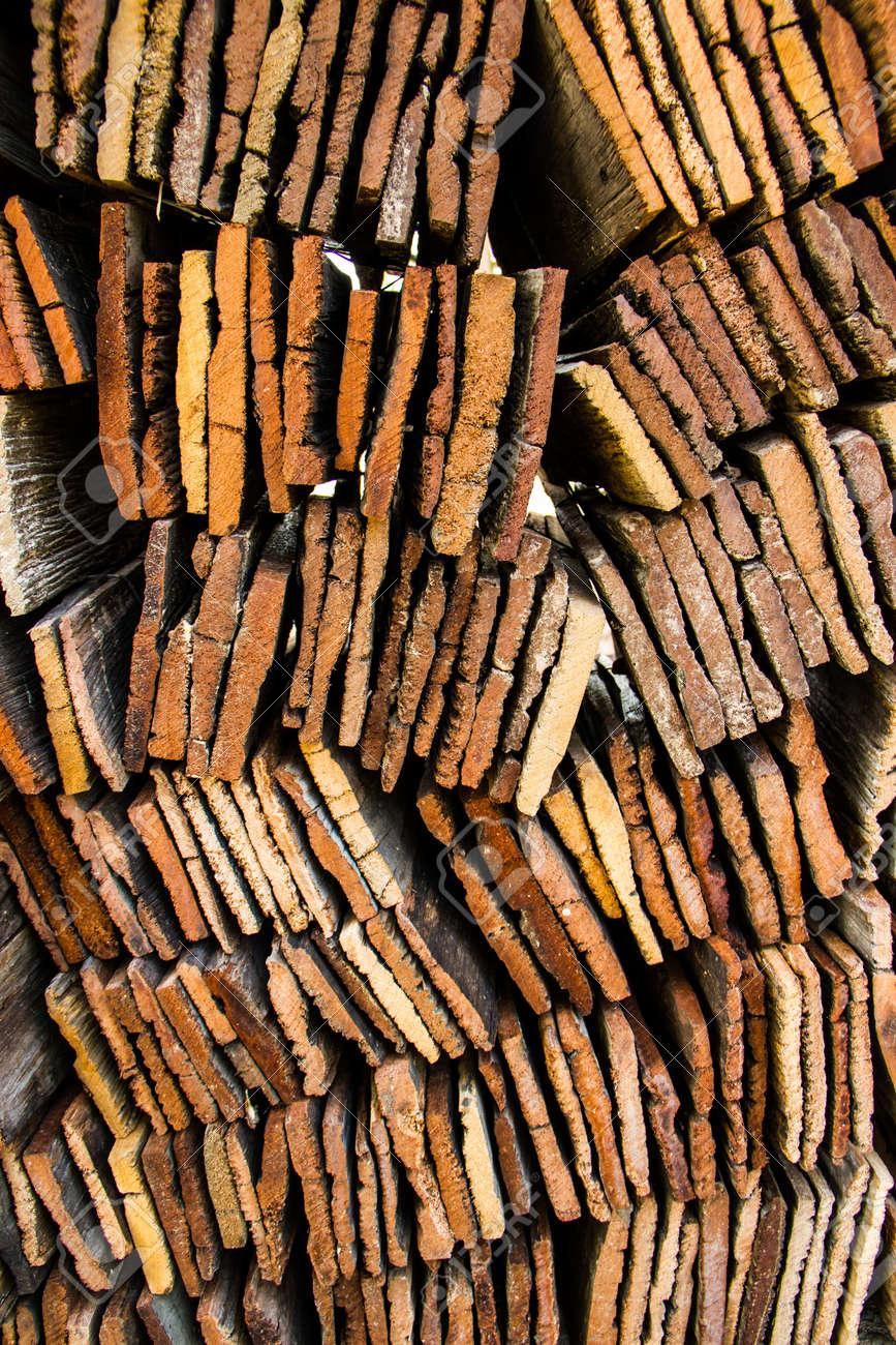 Wald Dachmaterial Lizenzfreie Fotos Bilder Und Stock Fotografie