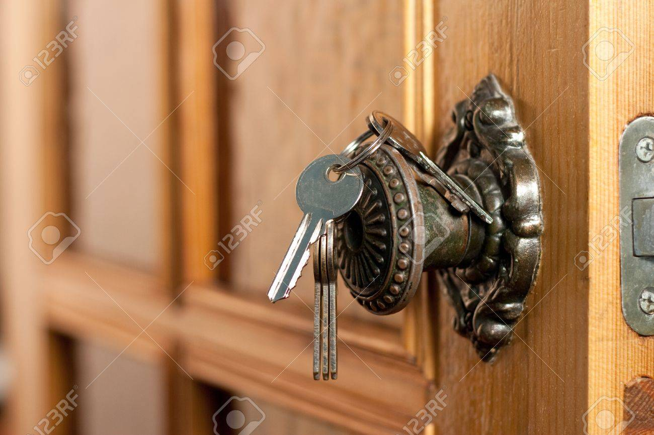 Opened door Stock Photo - 11544440