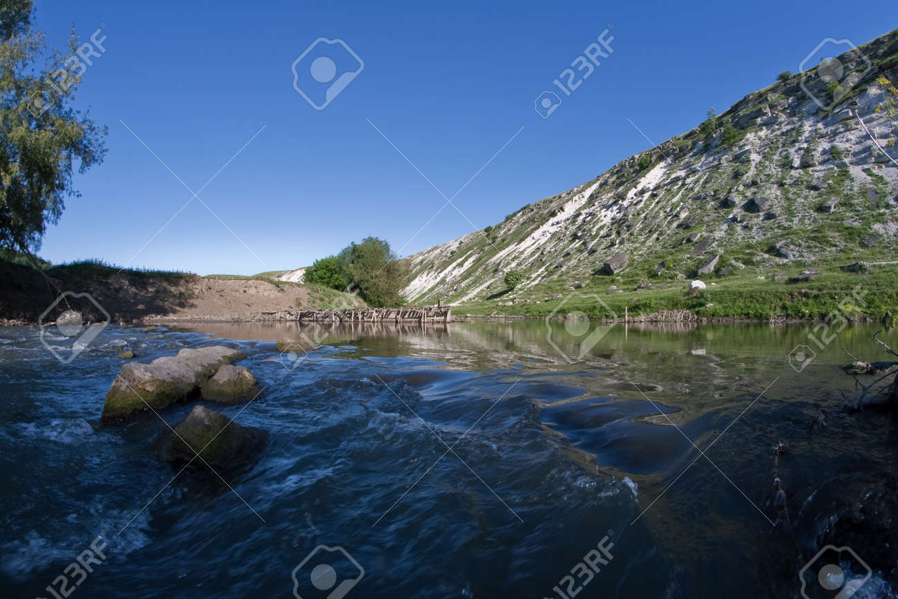 speed river in mountain Stock Photo - 12957973