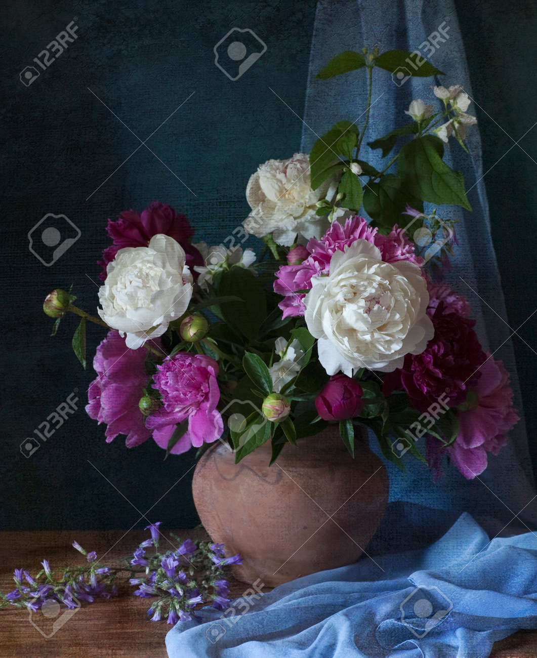 Still life with white peonies in vase Stock Photo - 25006267