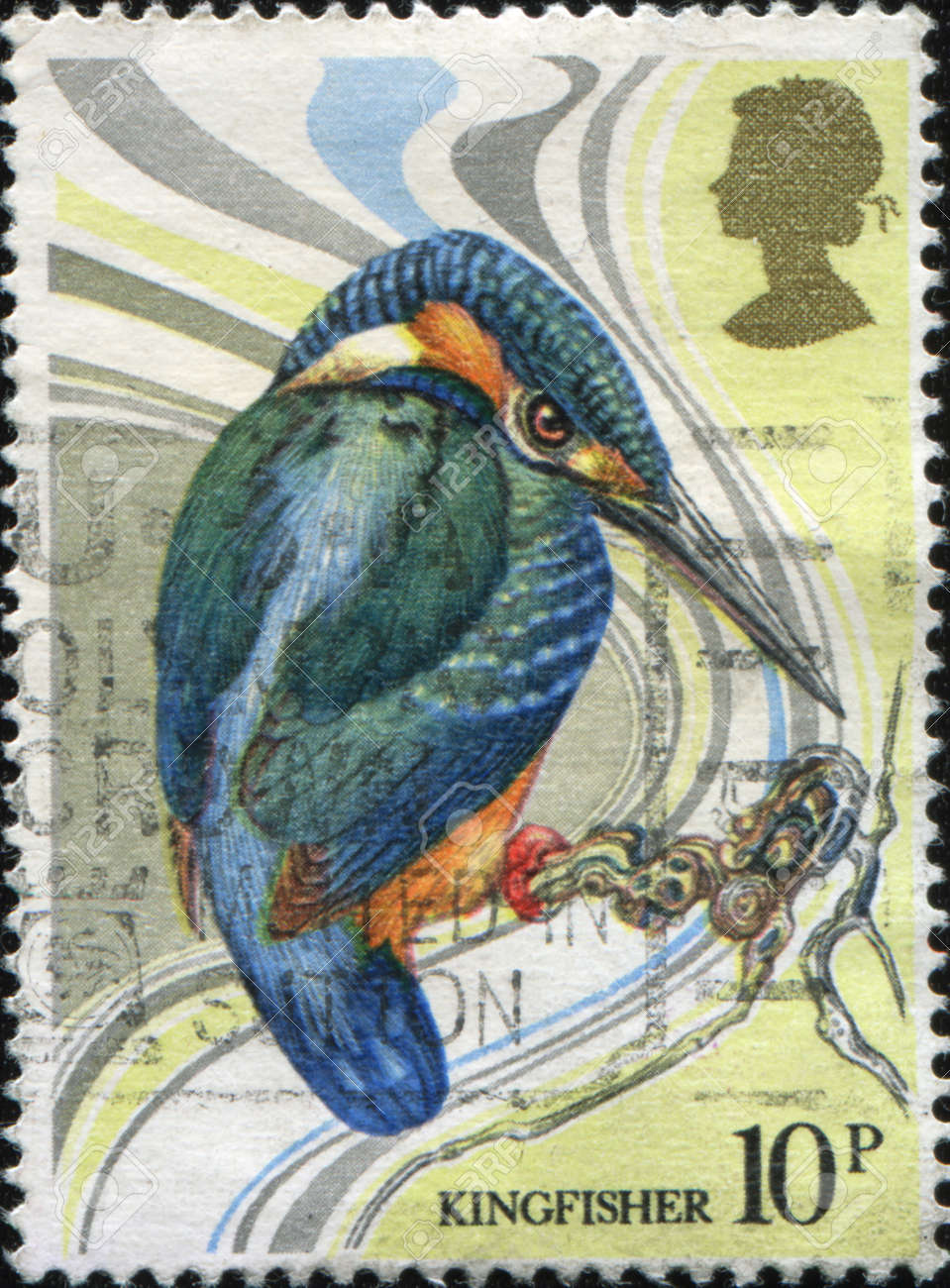 GREAT BRITAIN - CIRCA 1980: A stamp printed in Great Britain shows Common Kingfisher - Alcedo atthis, circa 1980 Stock Photo - 9293128