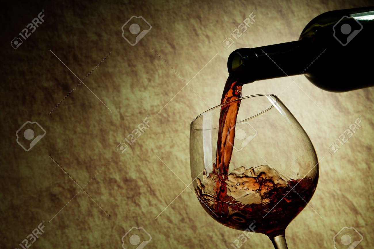 Red Wine glass and Bottle Stock Photo - 11549400
