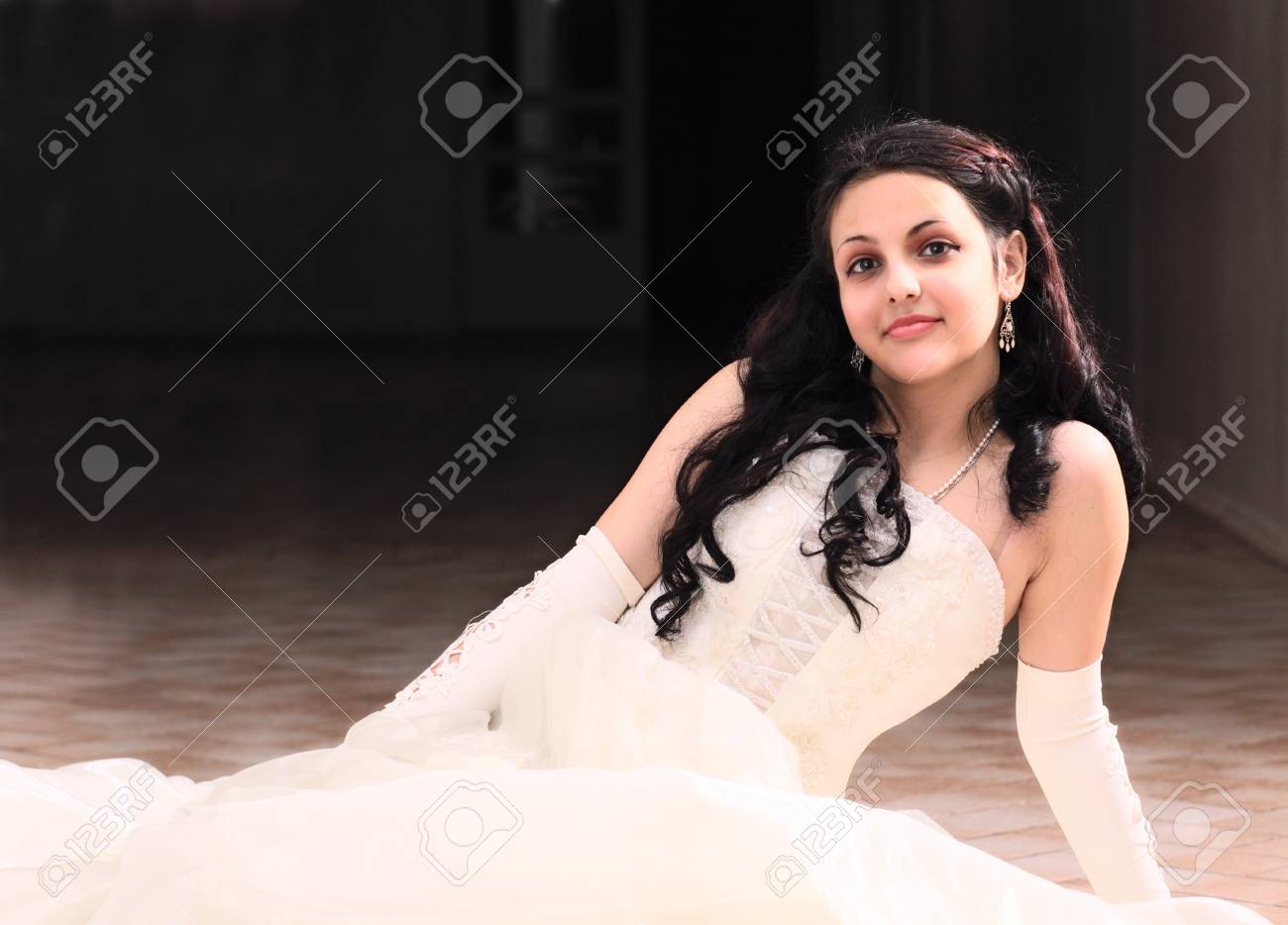 young woman in a evening dress. Stock Photo - 8893534