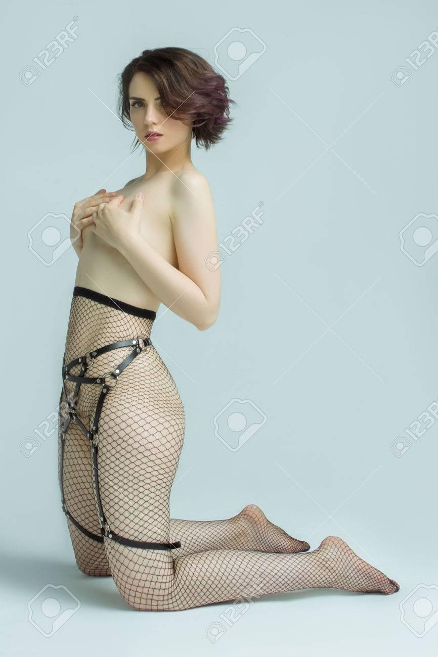 Pantyhose girls nackt