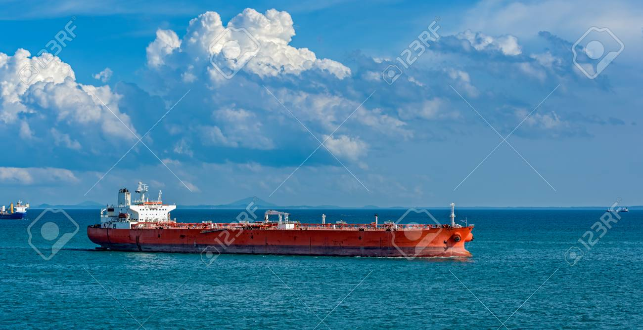 Huge oil tanker passes the Strait of Singapore