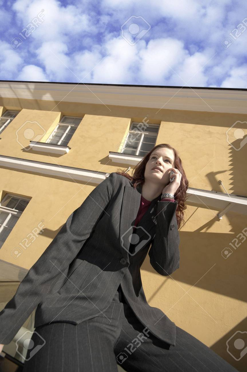 Businesswoman talking on the mobile phone Stock Photo - 3194049