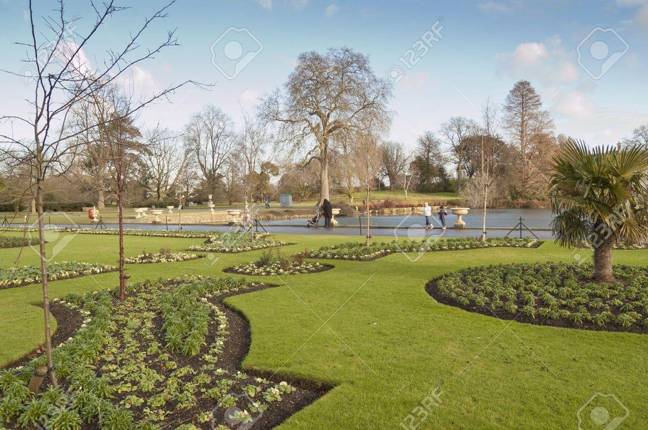 Kew Gardens, Londres. El Real Jardín Botánico De Kew, Normalmente ...