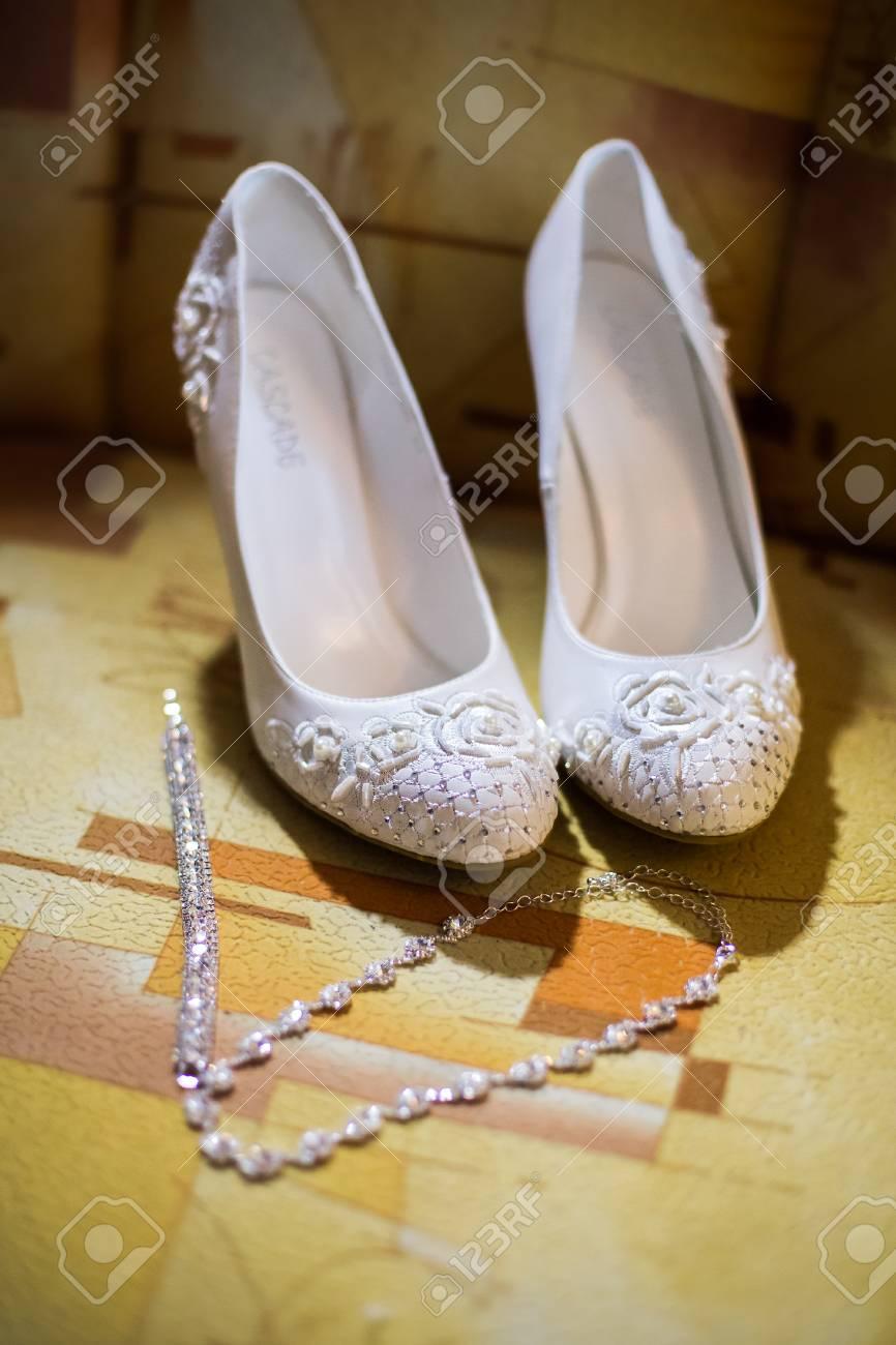 Weiße Brautschuhe Brautgebühren Braut Morgen Meine Damen Schuhe