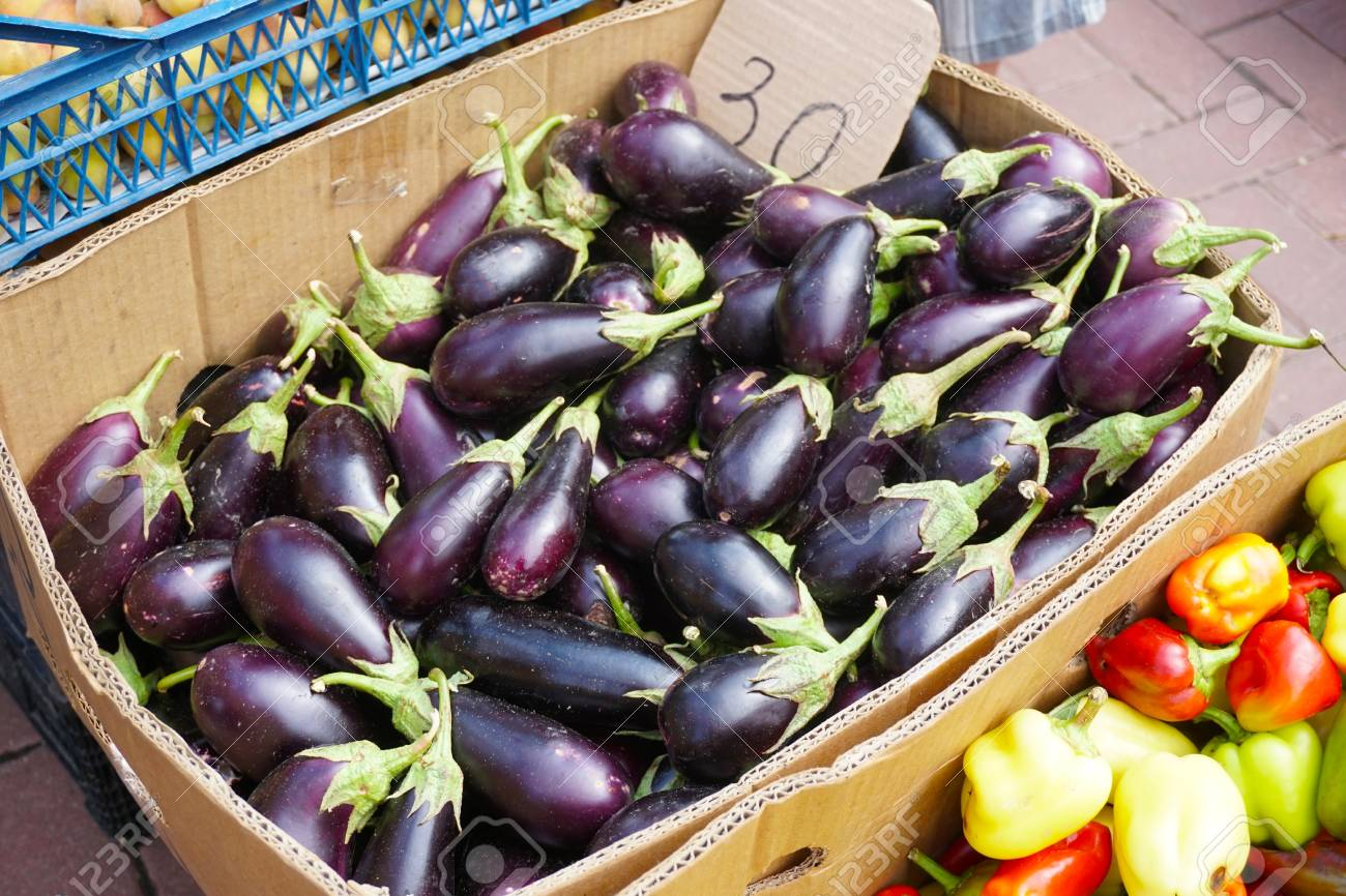 ff5cee679d Small Eggplants In A Box On The Market Stock Photo, Picture And ...