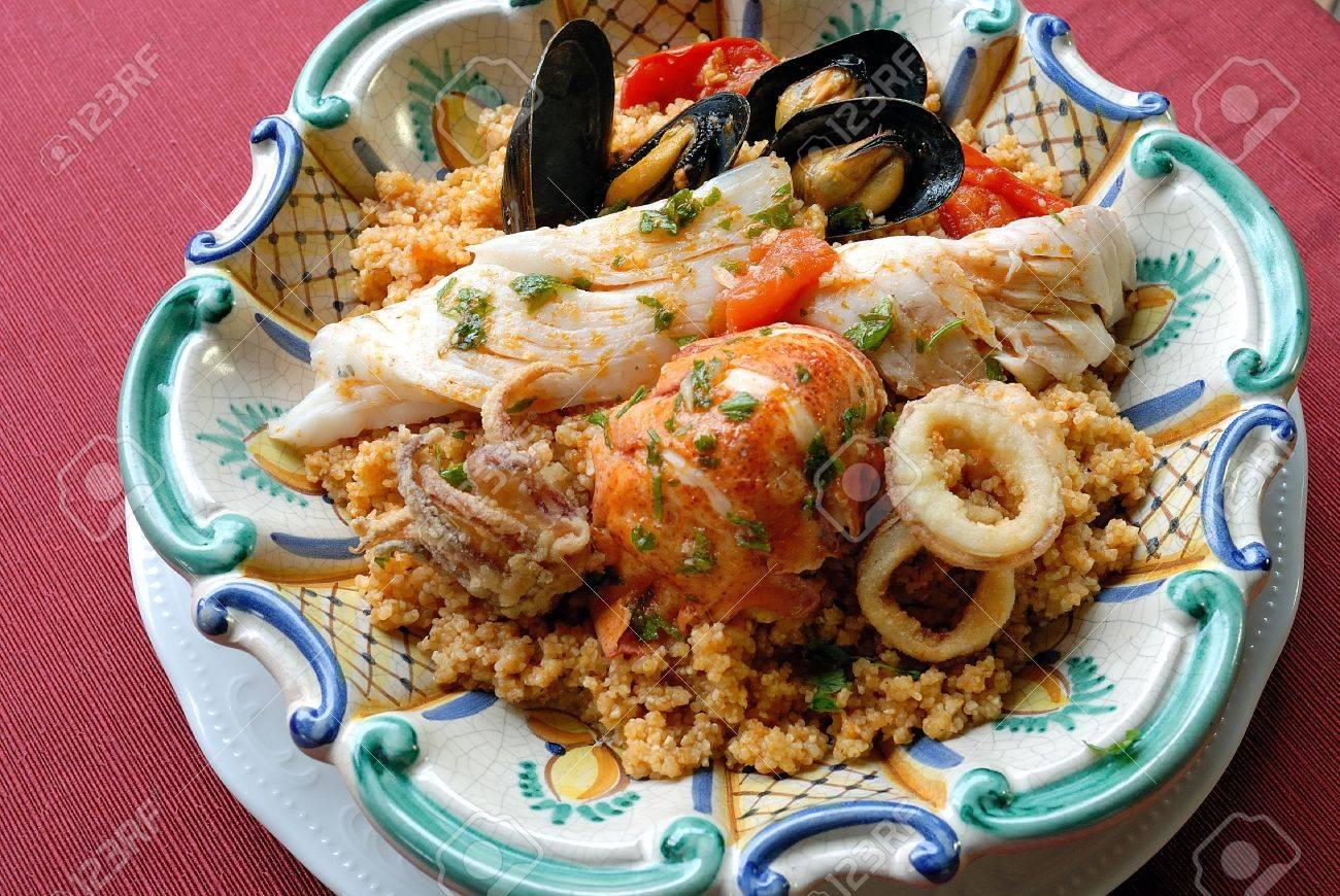 Immagini Stock Pesce Cuscus è Un Piatto Tipico Della Provincia Di