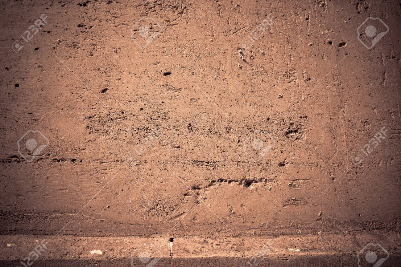 Brown grungy wall - Great textures for your design Stock Photo - 15680625