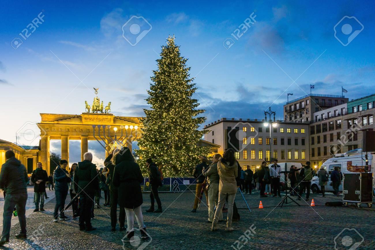 Weihnachtsbeleuchtung Berlin.Stock Photo