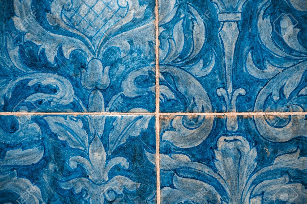 Great for textures Andalusia style wall Azulejos tiles background - 114199690