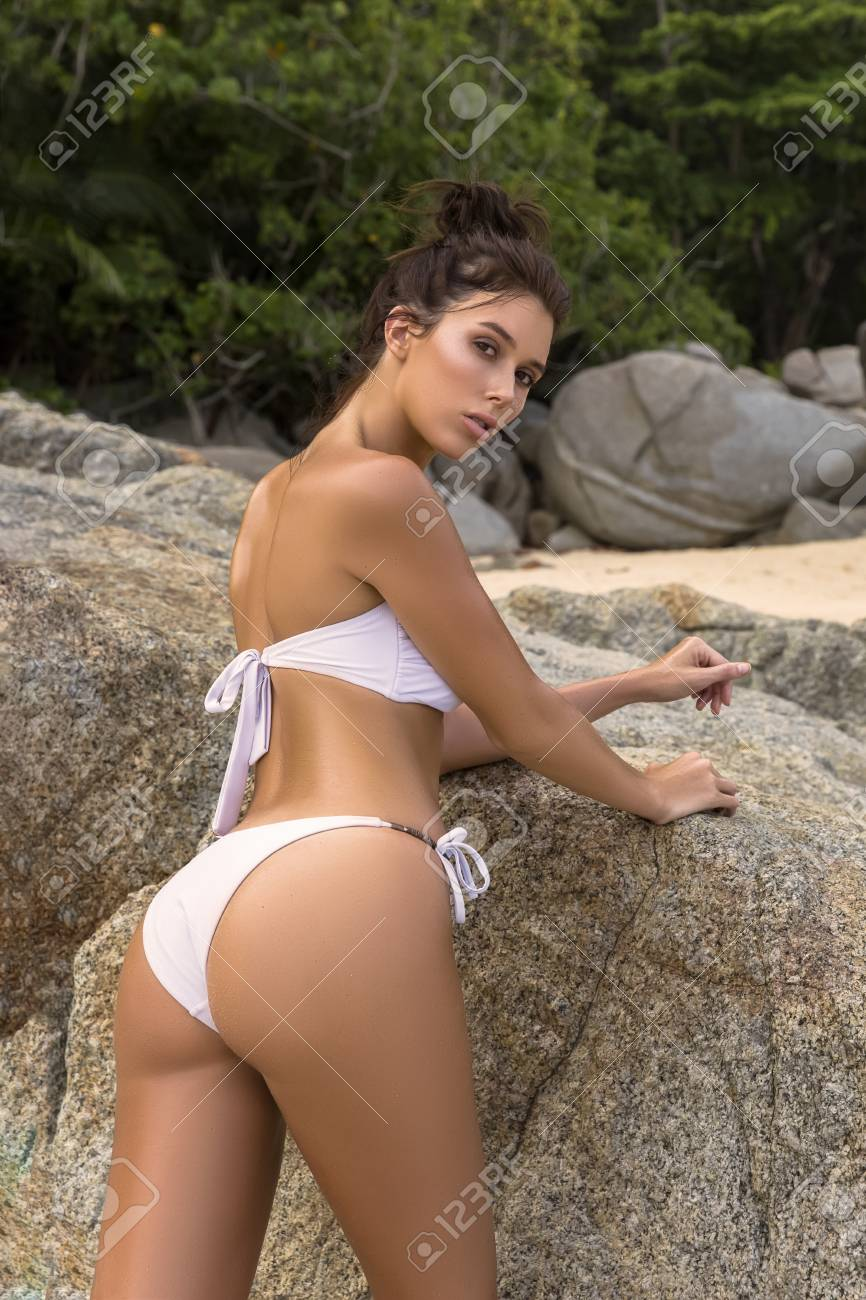 Fashion Girl Beautiful In BikiniShorts And Cap Transparent uXZTPOki
