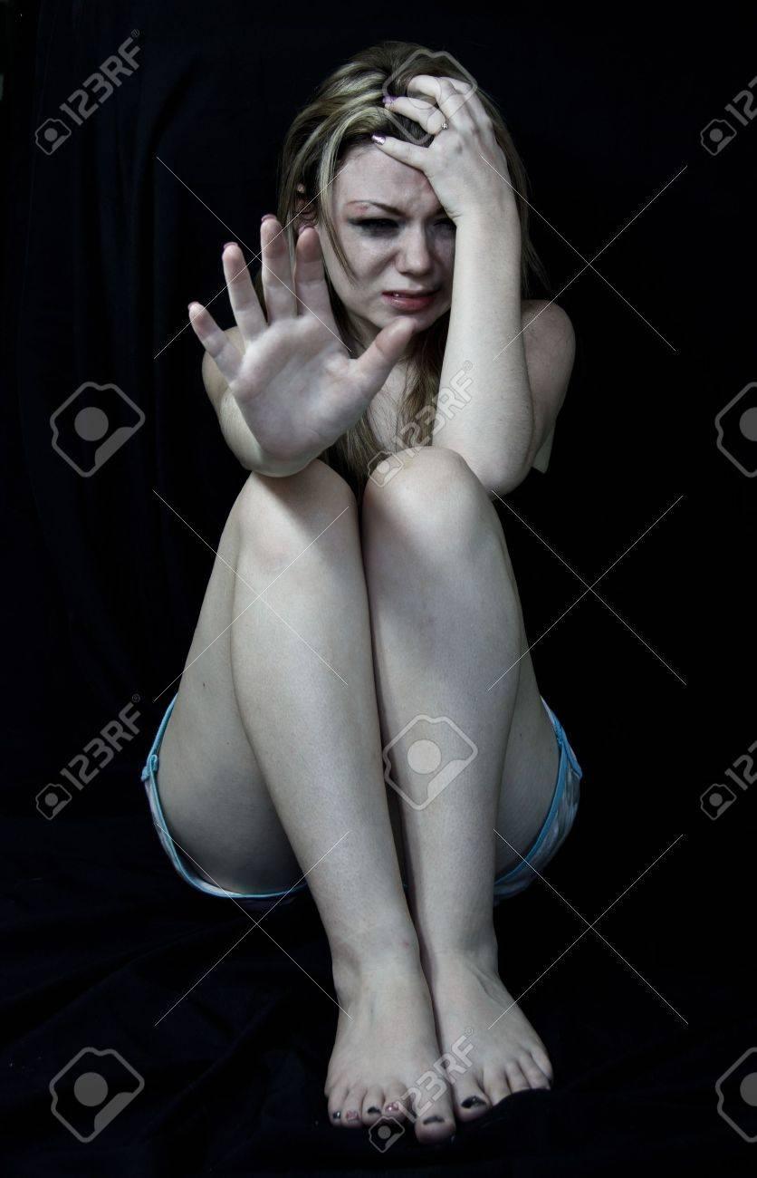 Фото кричащих от болей 16 фотография