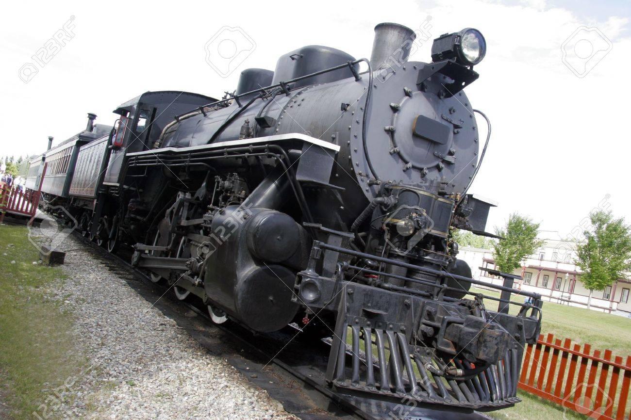 Speeding locomotive Stock Photo - 15467337
