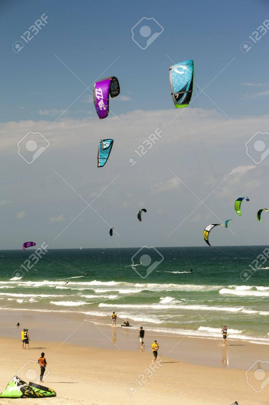 SURFERS PARADISE AUSTRALIA - NOV.17: Unidentified participants racing in the Gold Coast Kitejam 2012 Championship at Surfers Paradise on November 17, 2012 Gold Coast Australia .  Stock Photo - 16994196