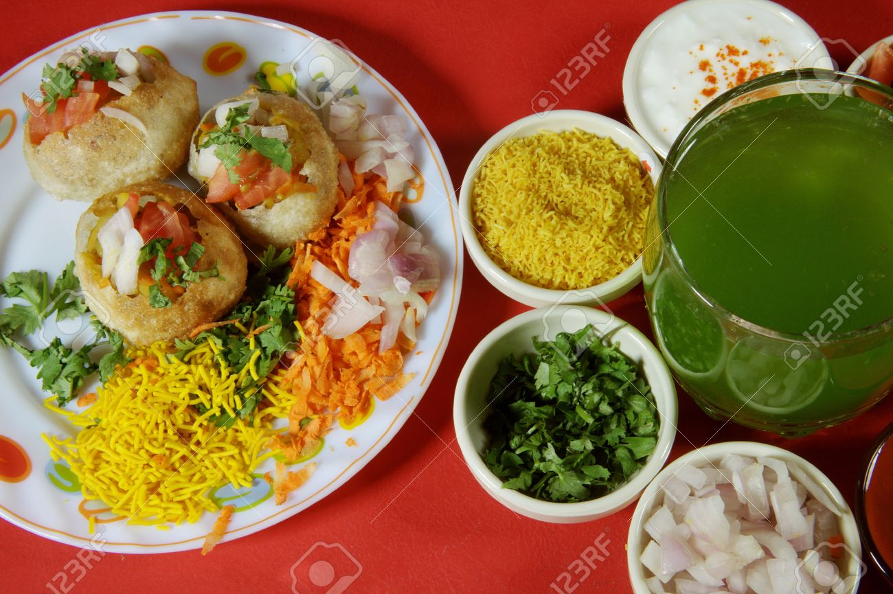 Close-up of puri and other ingredients of chaat Stock Photo - 17327300
