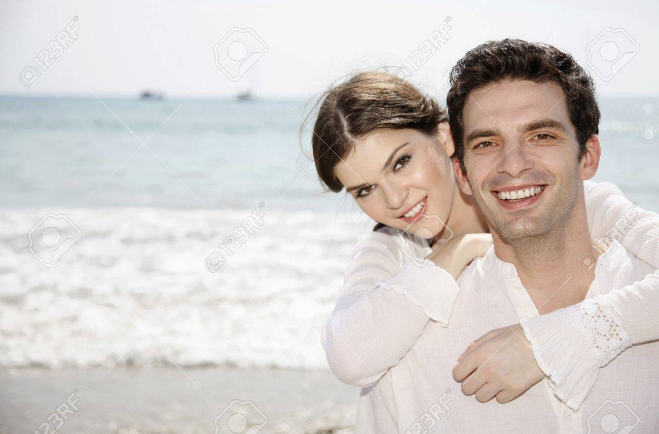 Woman hugging man from the back Stock Photo - 7086532