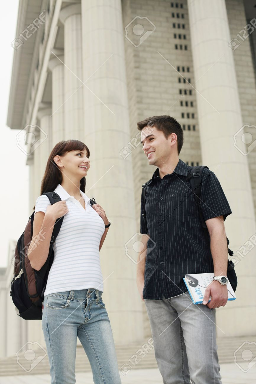 Man and woman talking Stock Photo - 8149100