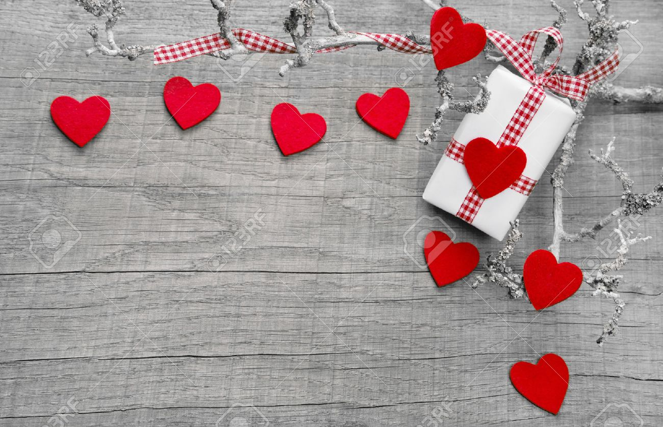 regalo o presente con corazones rojos para el da de la madre s da de