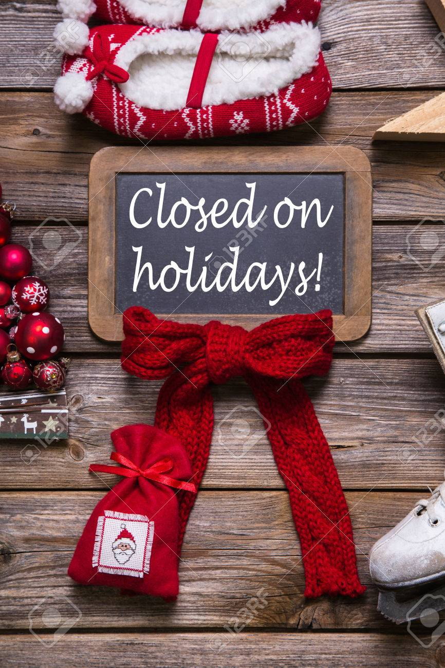 Opening hours on christmas holidays: closed; information for customers, business partners and guests. - 32207917