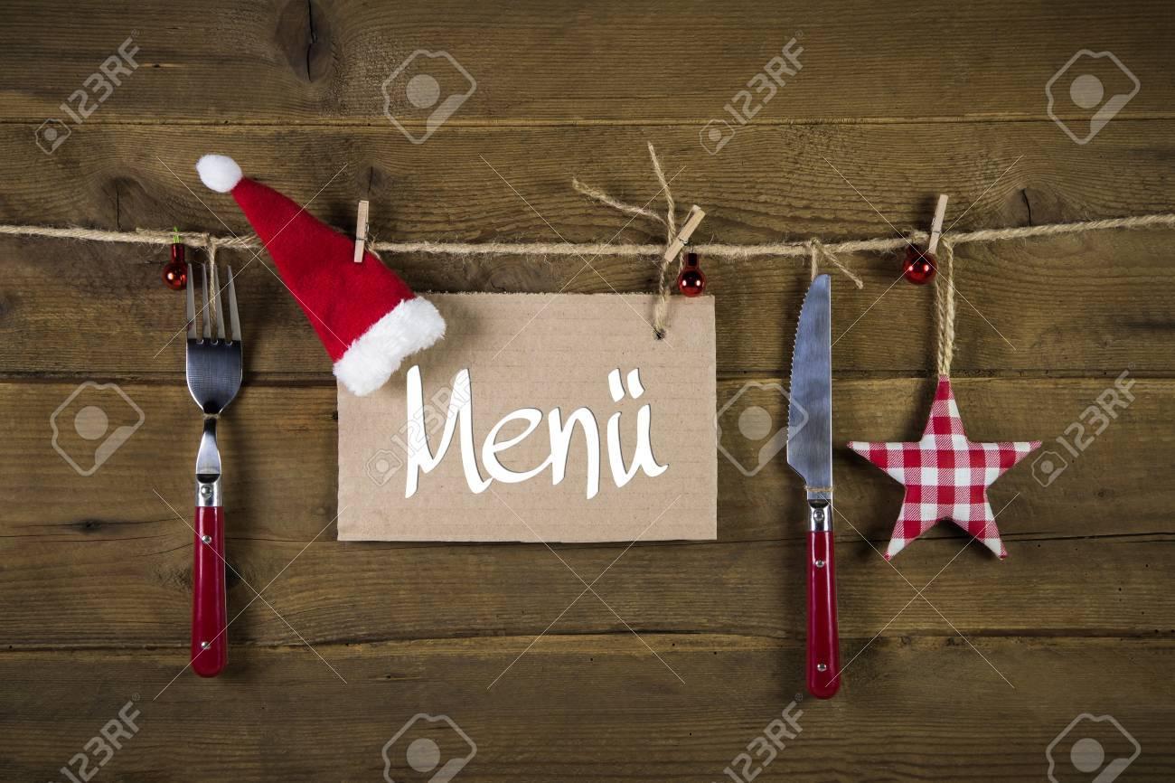 Carte De Menu Pour Noel.Noel Carte De Menu Pour Les Restaurants Avec Un Couteau Et Une Fourchette Sur Fond De Bois Avec Etoiles Rouges A Carreaux Blancs
