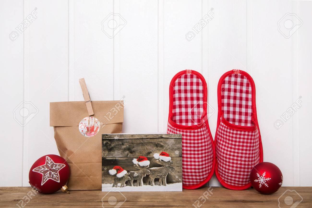 escribir tarjetas de navidad y hacer regalos hechos a mano fondo de madera con decoracin