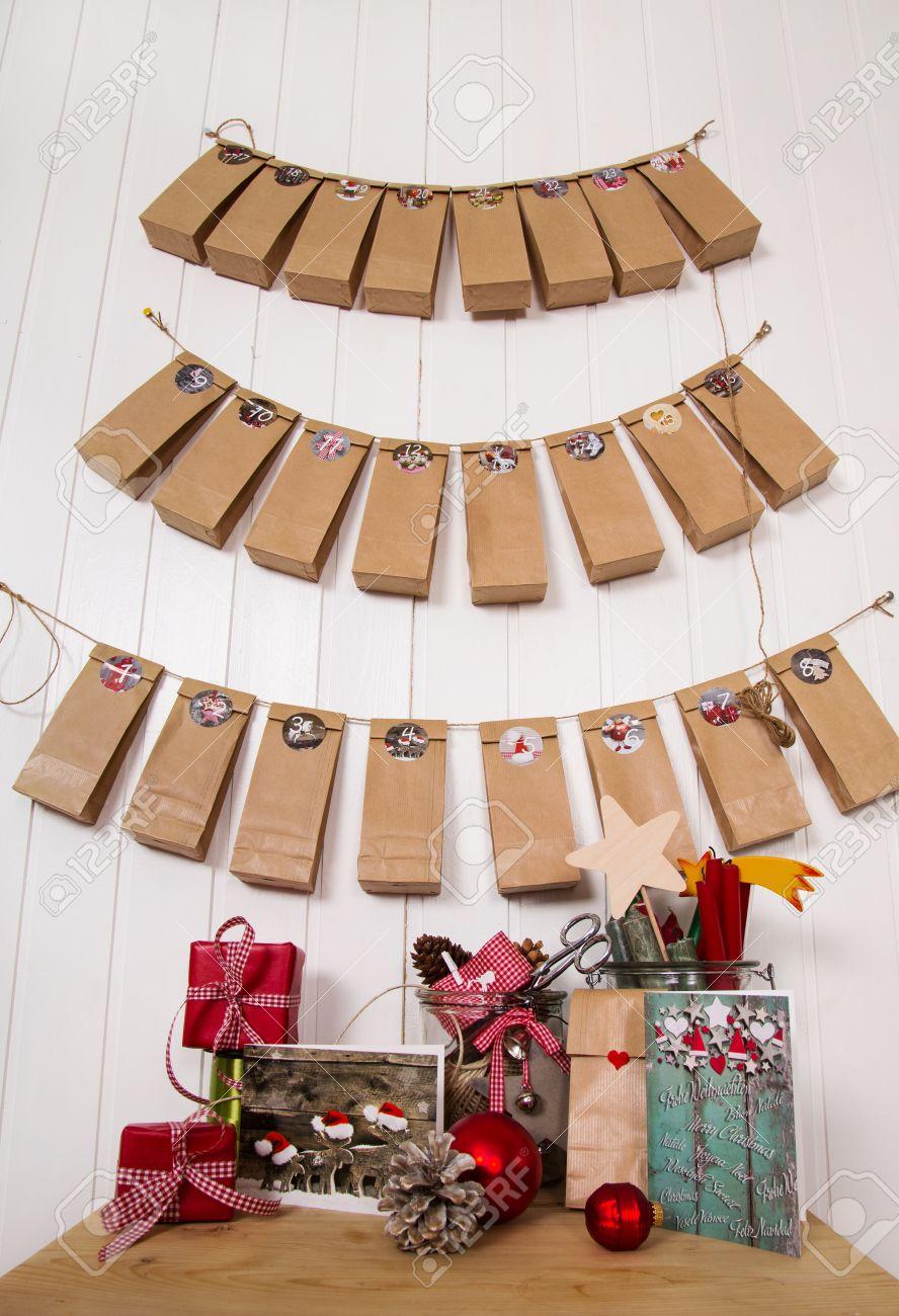 Handgemachte Weihnachtsgeschenke. Hängende Adventskalender ...