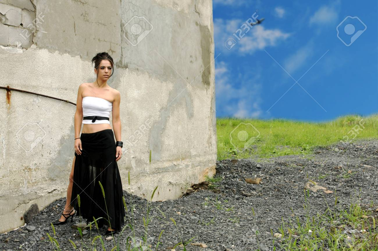 fashion model in a strange place Stock Photo - 3329971