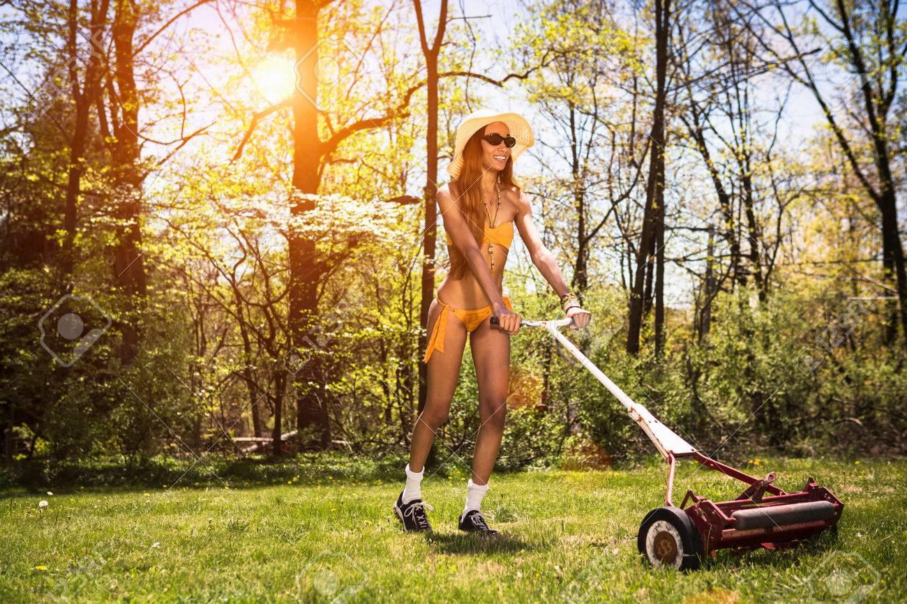 Lawn mower bikini