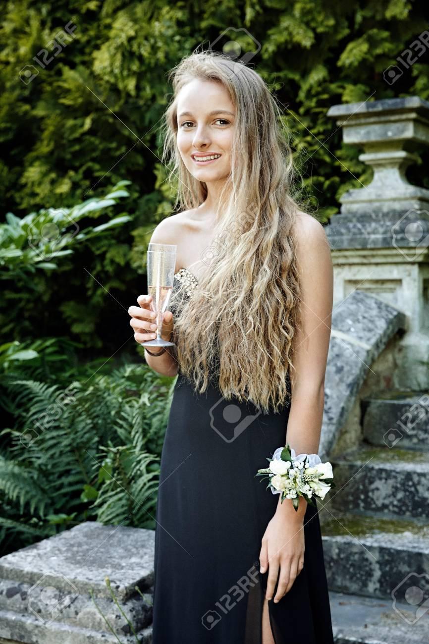 Fine Prom Kleid Nähmustern Frei Photos - Decke Stricken Muster ...