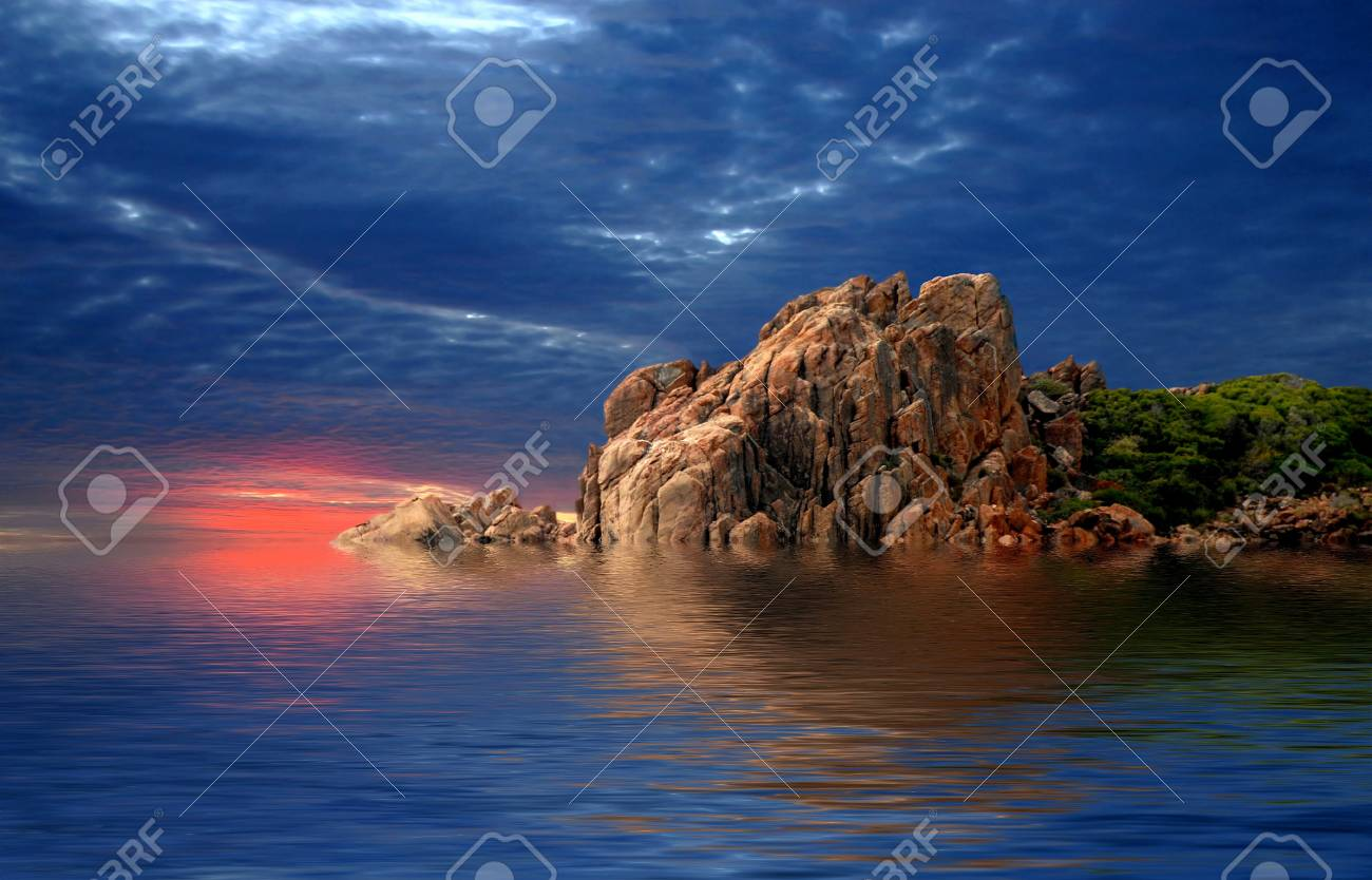 Sunset Coast Stock Photo - 6730910