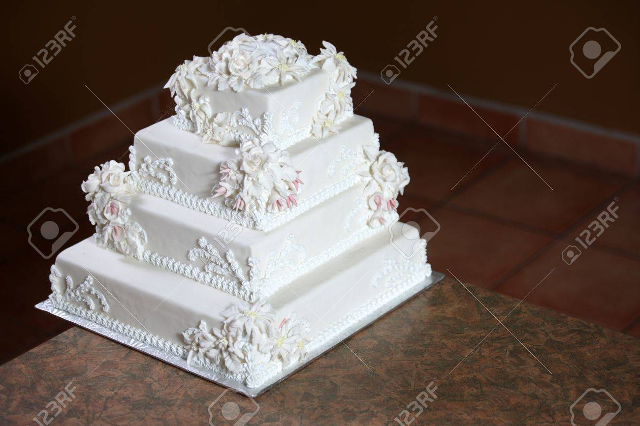 Wedding Cake - Luxury , Expensive Design Stock Photo - 9234958