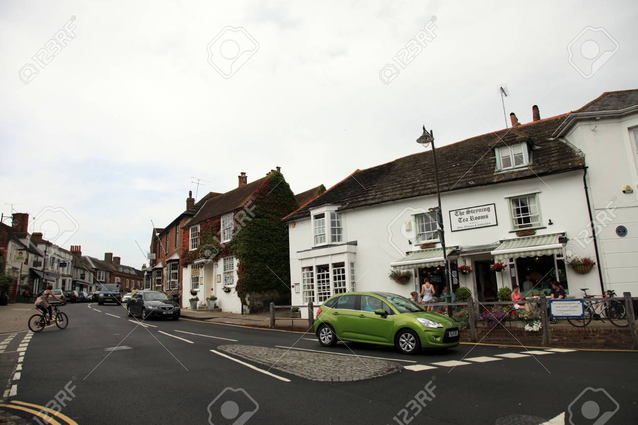 Authentic Village of Steyning in South England Stock Photo - 15055157